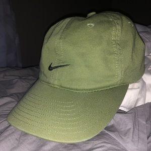 Green nike baseball hat